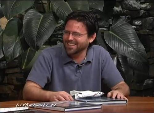 Dan discusses his first book SpaceShipOne, writing, and career on Wave Street Author Series.